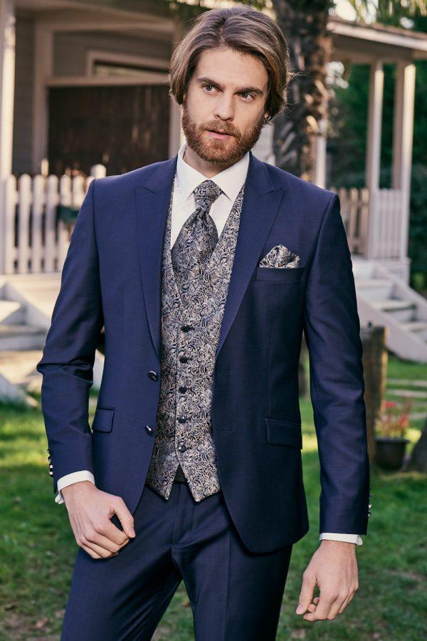Manzetti-sötétkék-esküvői-öltöny-
