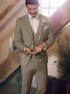 WILVORST-homokszínű-esküvői-öltöny